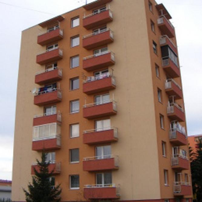 KrupinaulicaMalinovskehoHolabasta177553